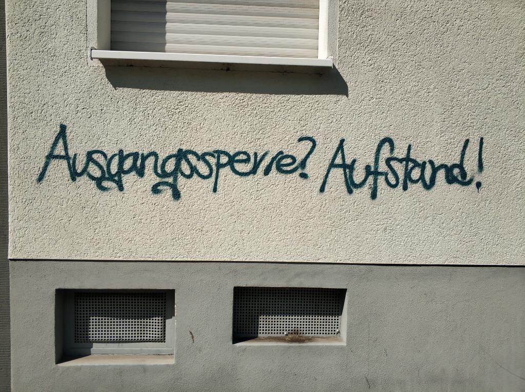 Pandemie, Grafitti Ausgangssperre
